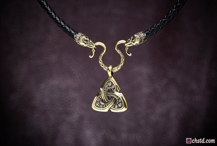 Celtic Shield Knot : TRIQUETRA with Raven Heads Necklace