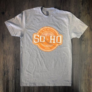 "Image of SOHO GALLERY ""VOLS'"" TEES"