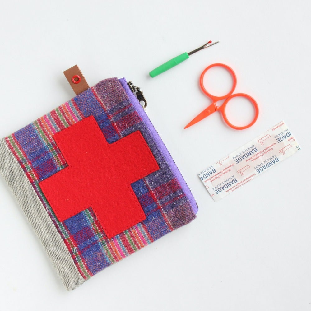 Image of bob Jones - x - boo boo pouch // septembers assortment