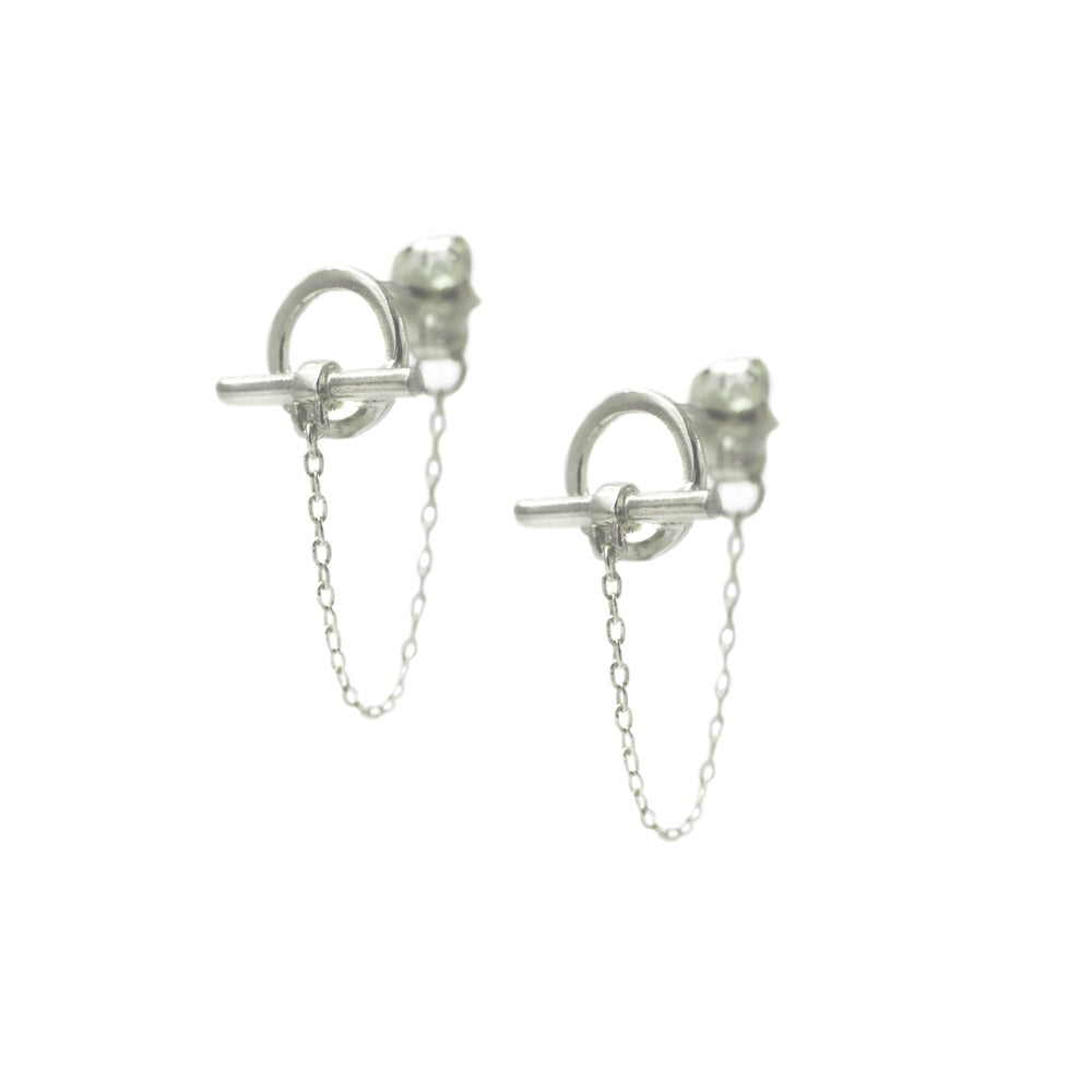 Image of TOGGLE CHAIN EARRINGS SILVER