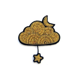 "Image of GRANDE BROCHE BRODÉE ""NUAGE D'OR"", MACON & LESQUOY"