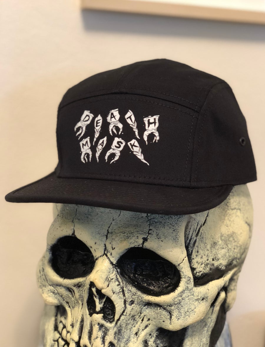 Image of Teeth 5 panel camper (black)