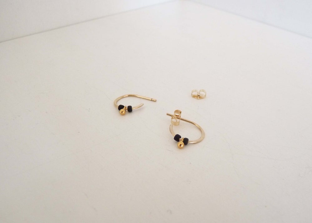 Image of Teensy deco earrings