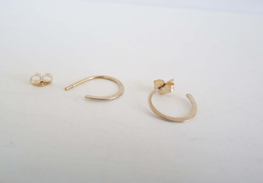 Image of Teensy earrings