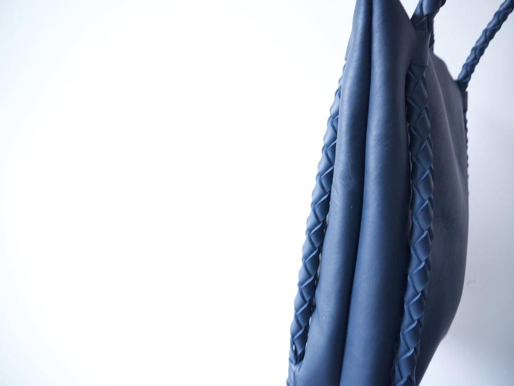 Image of Newspaper Zipper Tote