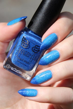 Image of Mr Right – a royal blue to sky blue thermal, with silver flakes
