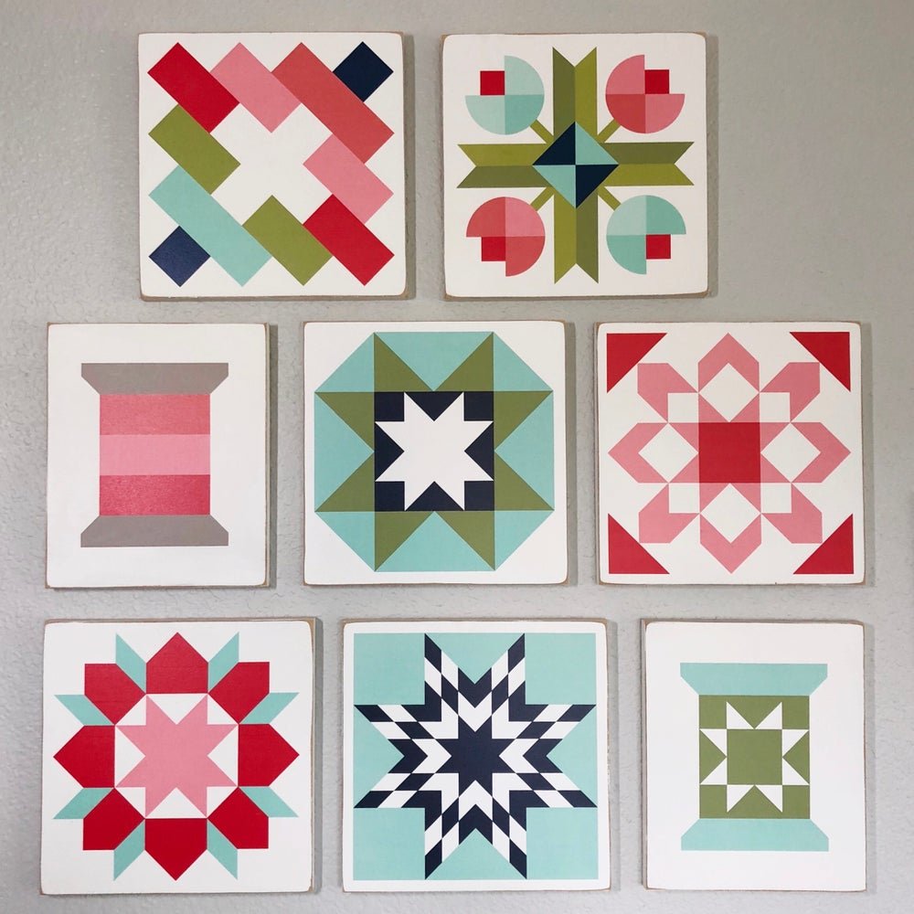 Image of SET of 8 - B&C Wood Barn Quilts