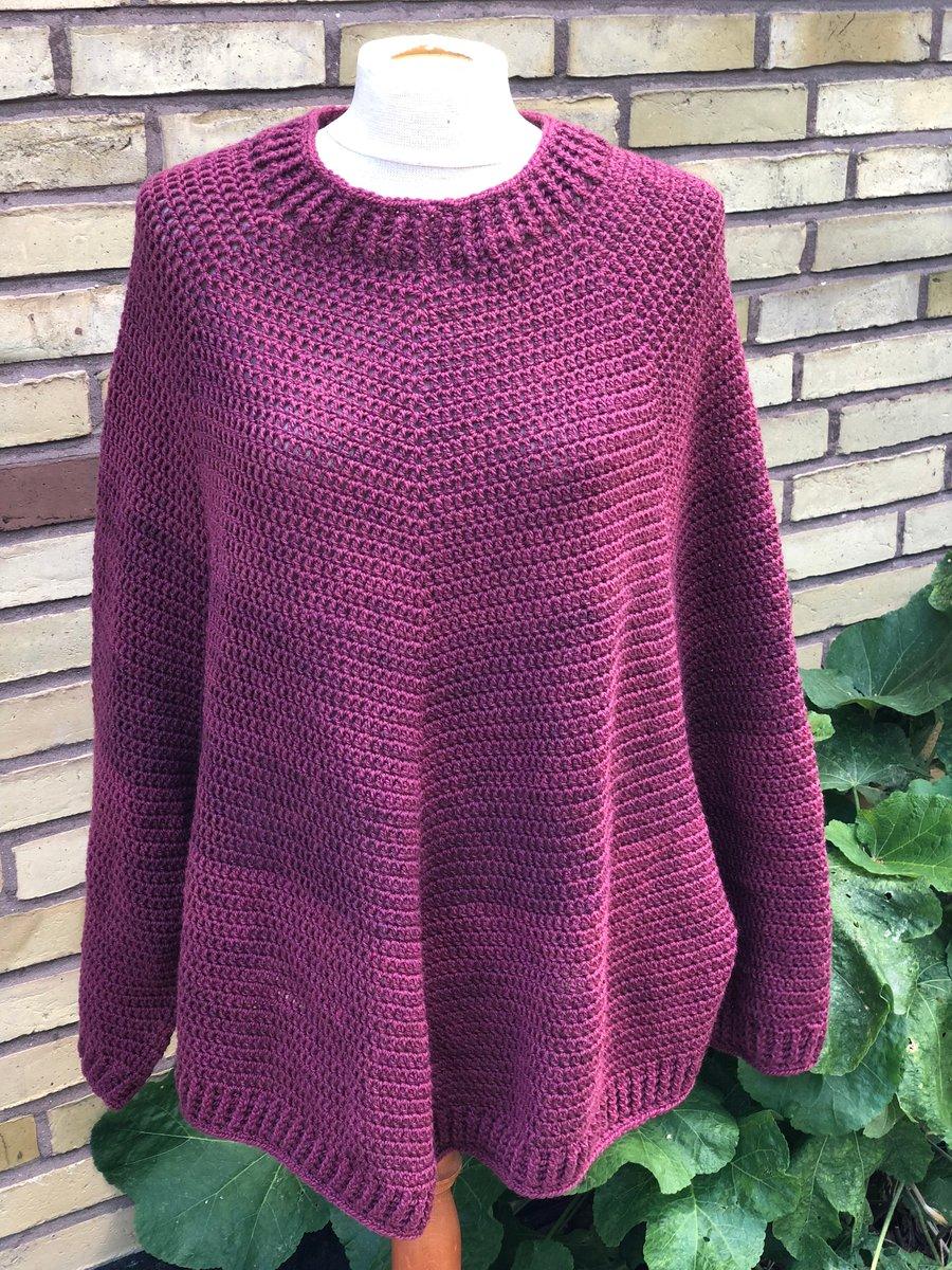 """Image of """"Nicoline"""" Poncho-Sweater, hækleopskrift"""