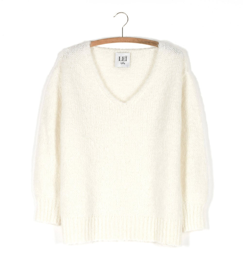 Image of Pull col V maille CLAIRE 135€ -60%