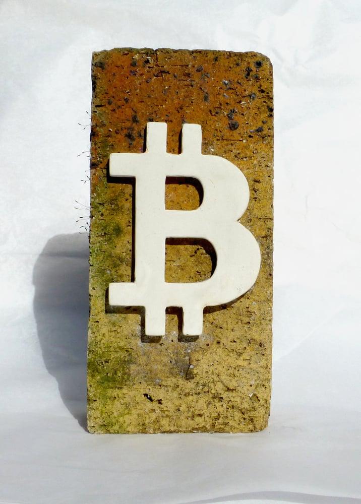 Image of La Brique Bitcoin. JP Malot. 2018.