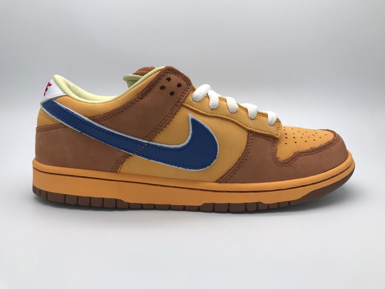 """newest 8cef5 2bed4 Image of NIKE DUNK LOW PREMIUM SB """"NEWCASTLE"""""""