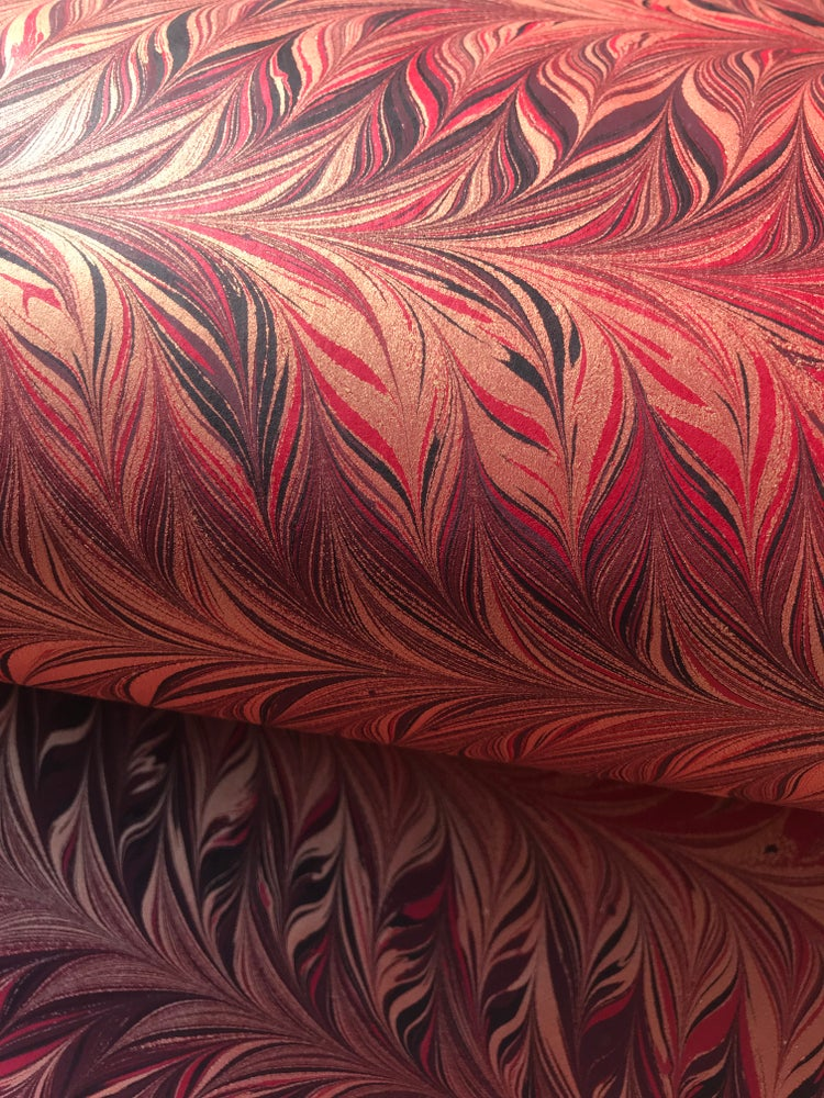 Image of Marbled Paper #25 'Red combed design with metallic gold'