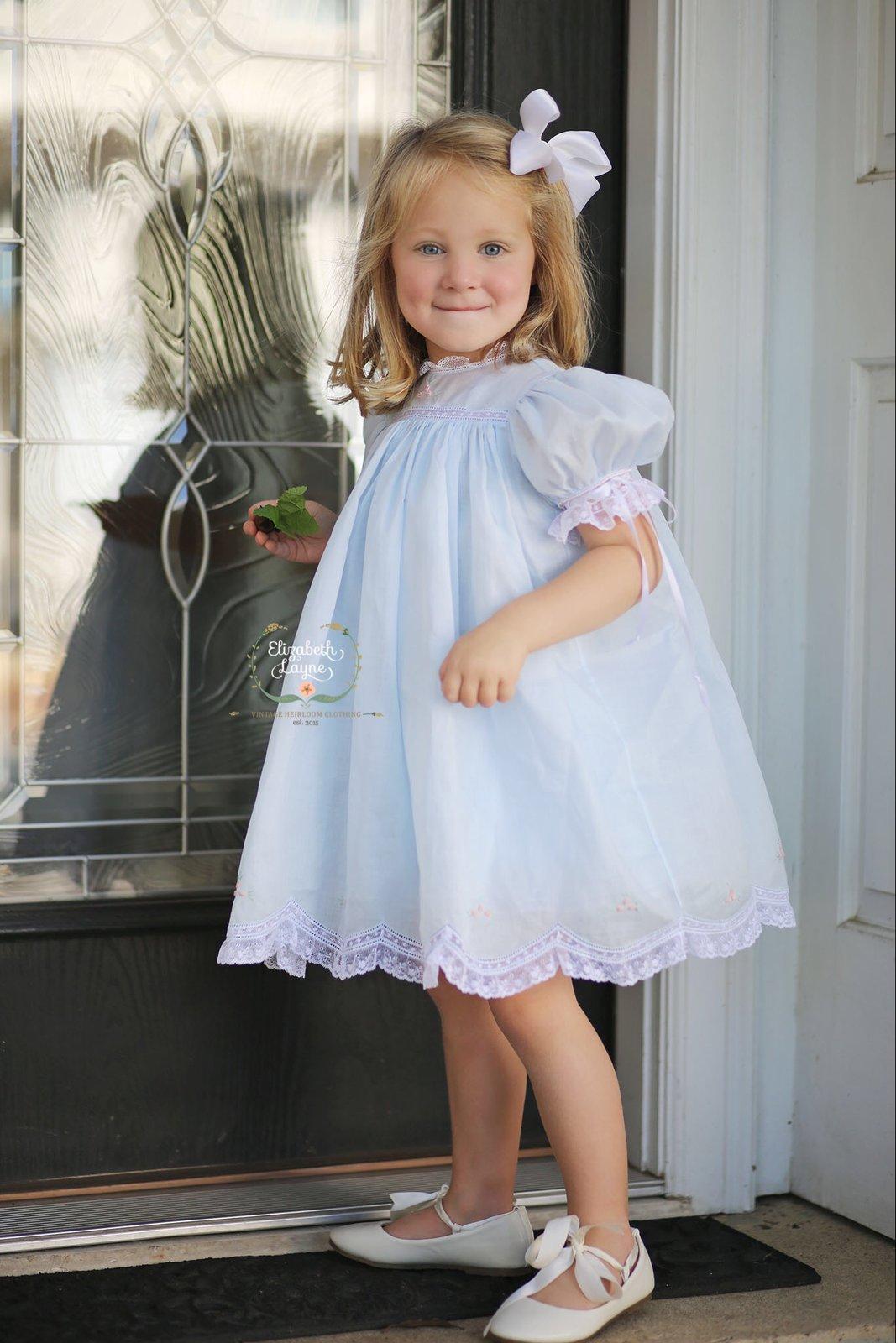 Girl/'s blue heirloom round collar dress