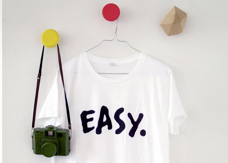"Image of T-SHIRT | ""EASY."" White"