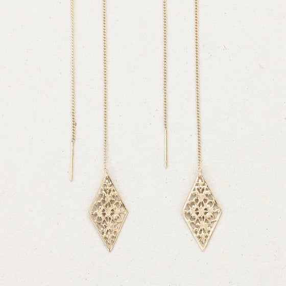 "Image of Boucles d'oreilles / Earrings  ""Culsu, the one who leads to the underwolrd"""