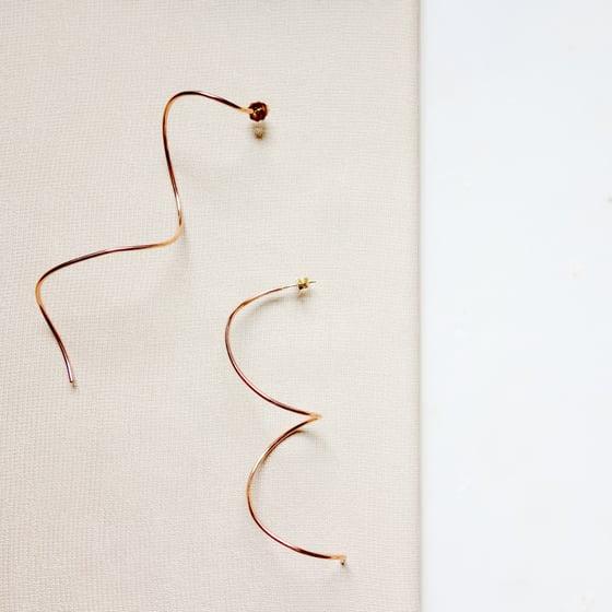 Image of Twirl Earring