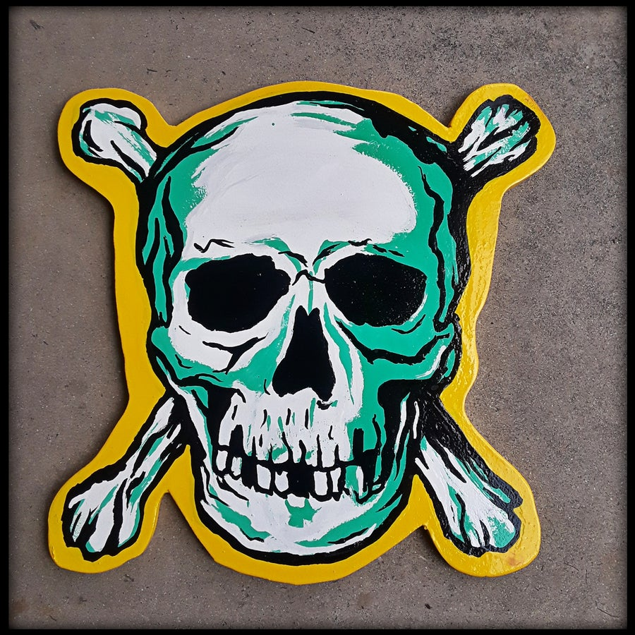 Image of Skull & Crossbones Cutout