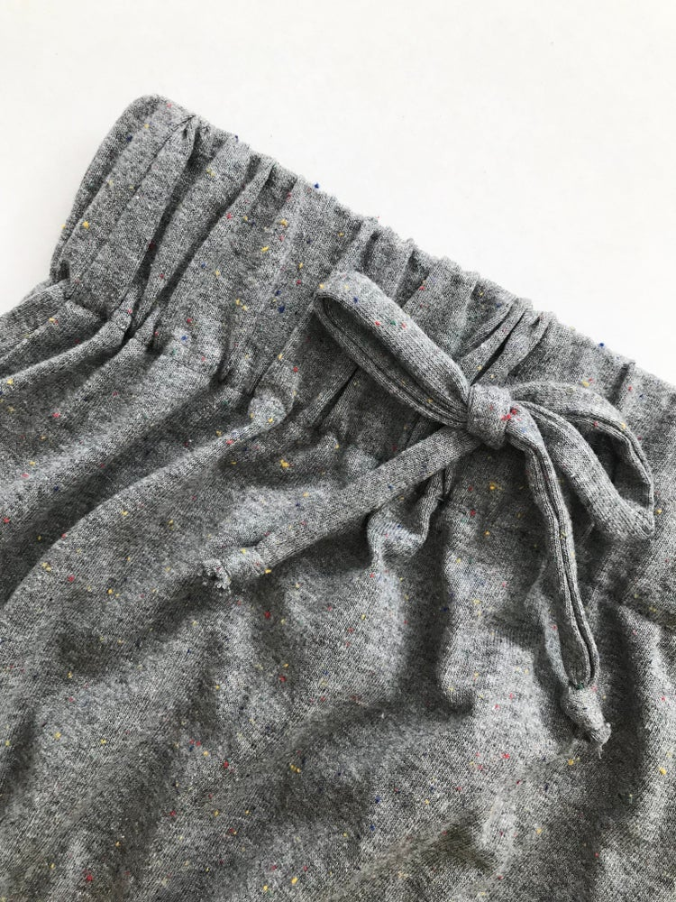 Image of The Modern Jogger [charcoal speckle]