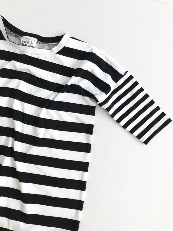 Image of The Boxy Top [black + white stripe]
