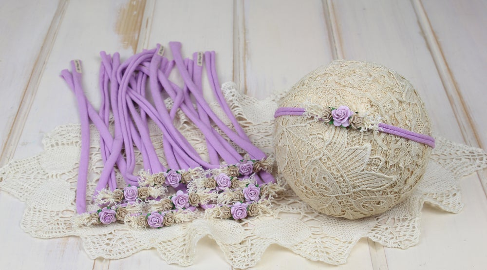 Image of Petite Paper Flowers on a Lilac Jersey Tieback