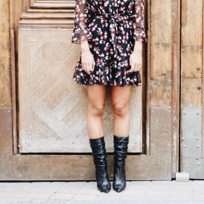 Robe Maude noire imprimée à fleurs - Maison Brunet Paris