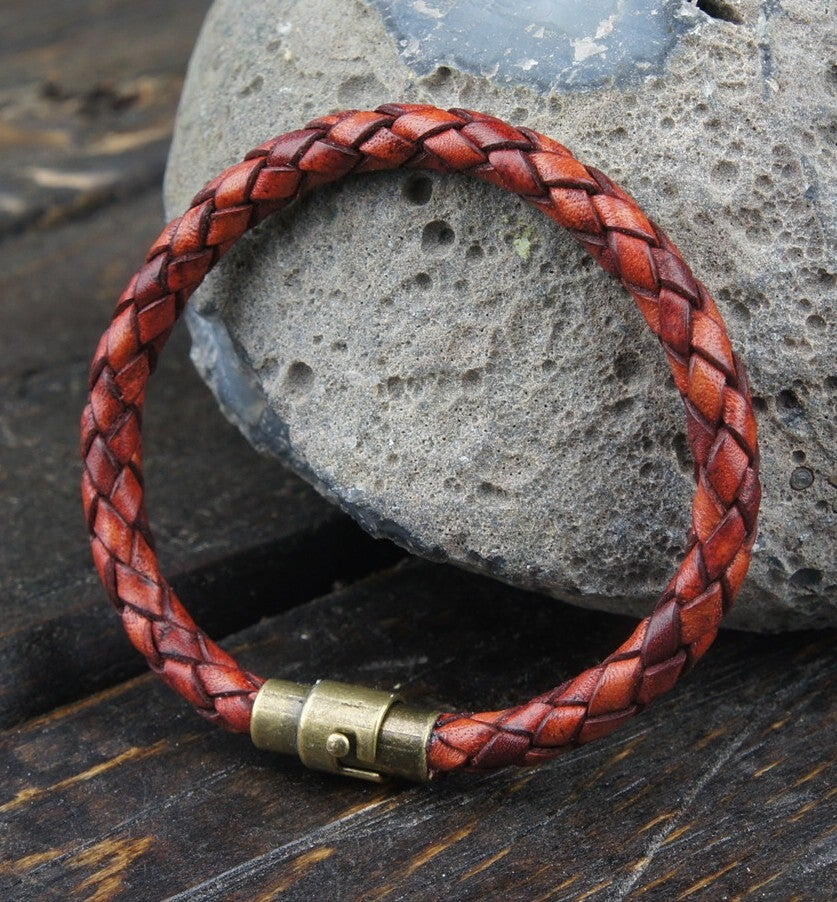 Image of Braided leather bracelet (Antuiqe tan)