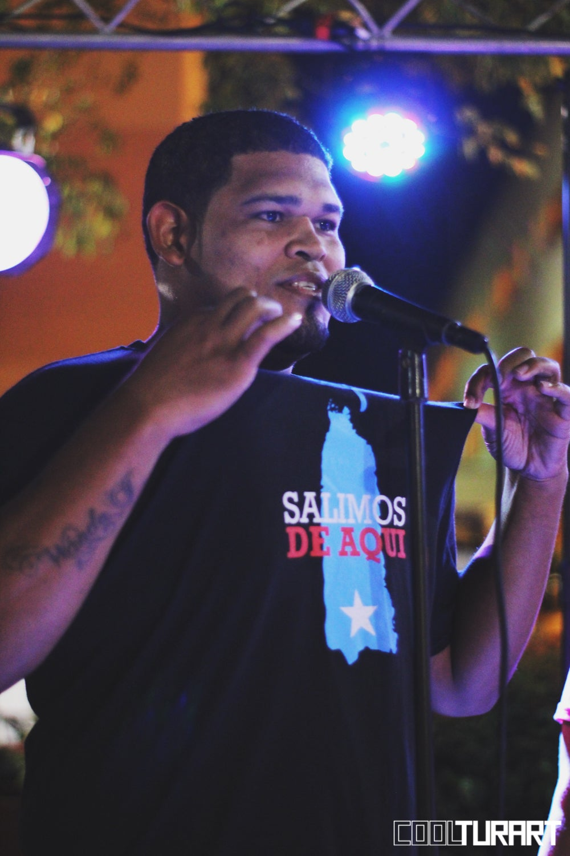 Image of Salimos de Aquí (T-Shirt)