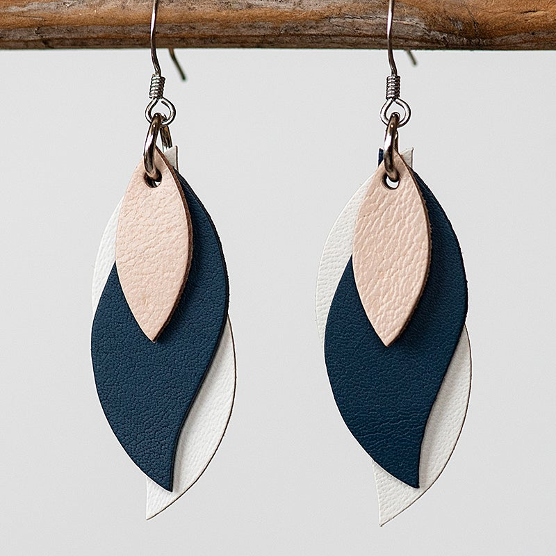 Image of Handmade Kangaroo leather leaf earrings - Beige, navy and white [LNY-151]