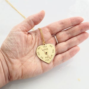 Image of Spinner heart necklace
