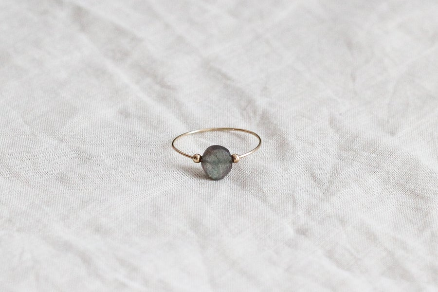 Image of Bague Meluna // Labradorite