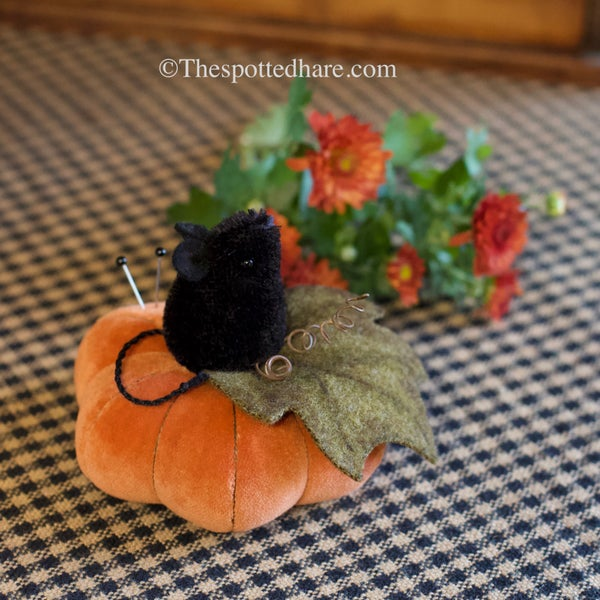 Image of KIT ~ Mouse on a Pumpkin