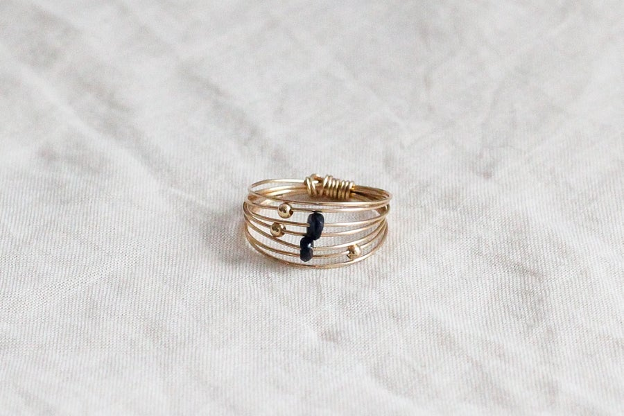 Image of Bague Wire // Dark Blue Saphire
