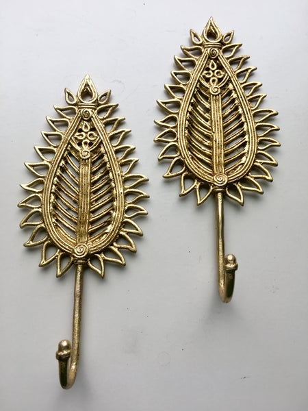 Image of Leaf Brass Hook