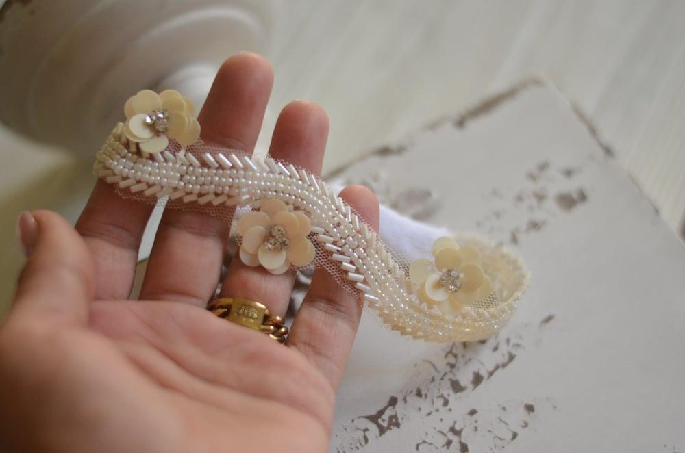 Image of Beads and flowers headband
