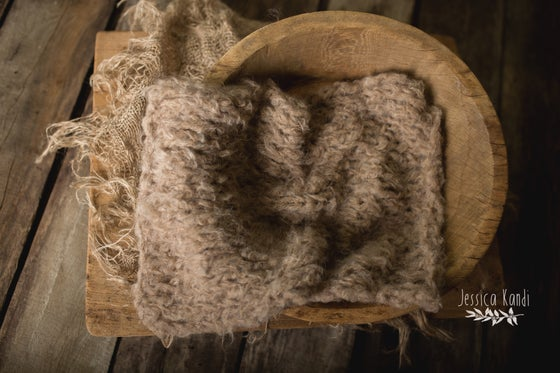 Image of (pre-order) Tuape Luxe feathered alpaca knit layer