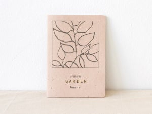 Everyday Garden Journal - gardening notebook for daily garden notes #2 medronheiro - arminho