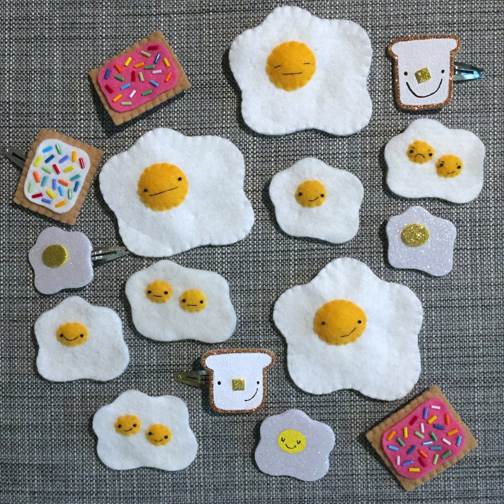 Image of breakfast food brooches // october 2018