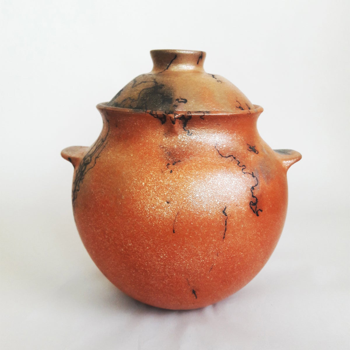 Image of Micaceous Clay Bean Pot