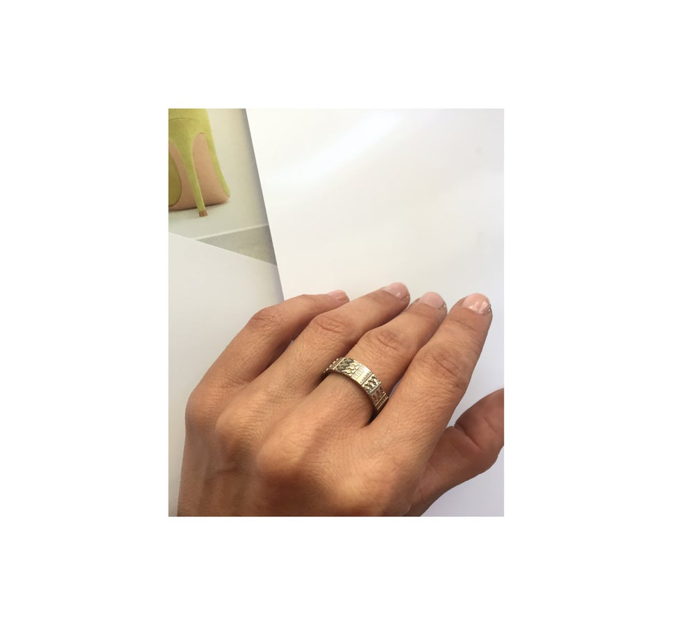 Image of Gandharva Imprint SLIM //white gold