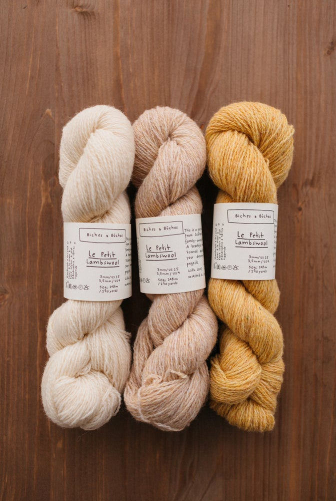 Image of Le Petit Lambswool de Biches et Buches