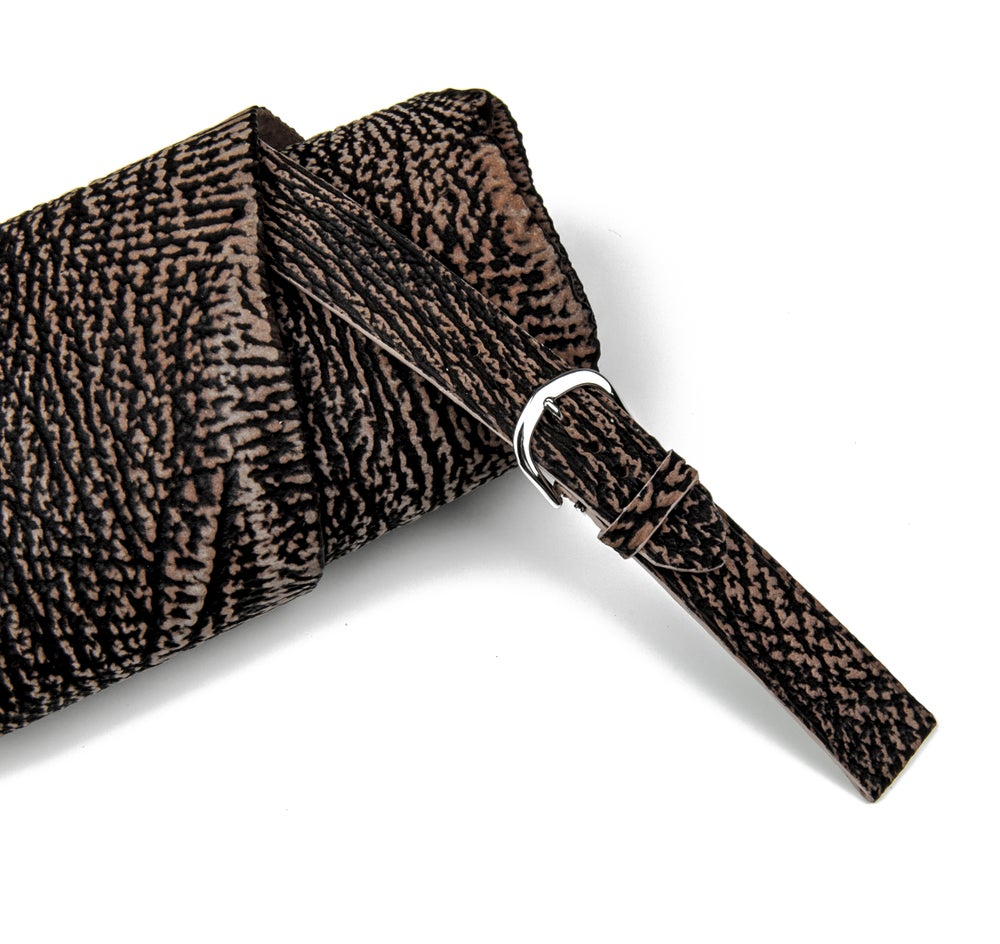 Image of Brown Shark classic strap
