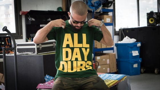 Image of ALL DAY DUBS T-shirt