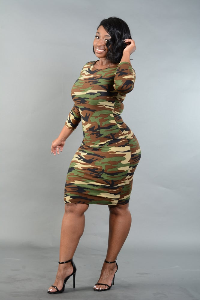 Image of Camo Bodycon Midi Dress(Green or Red)