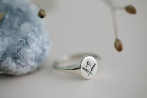 Image of Personalised 'Barleycorn' small signet ring