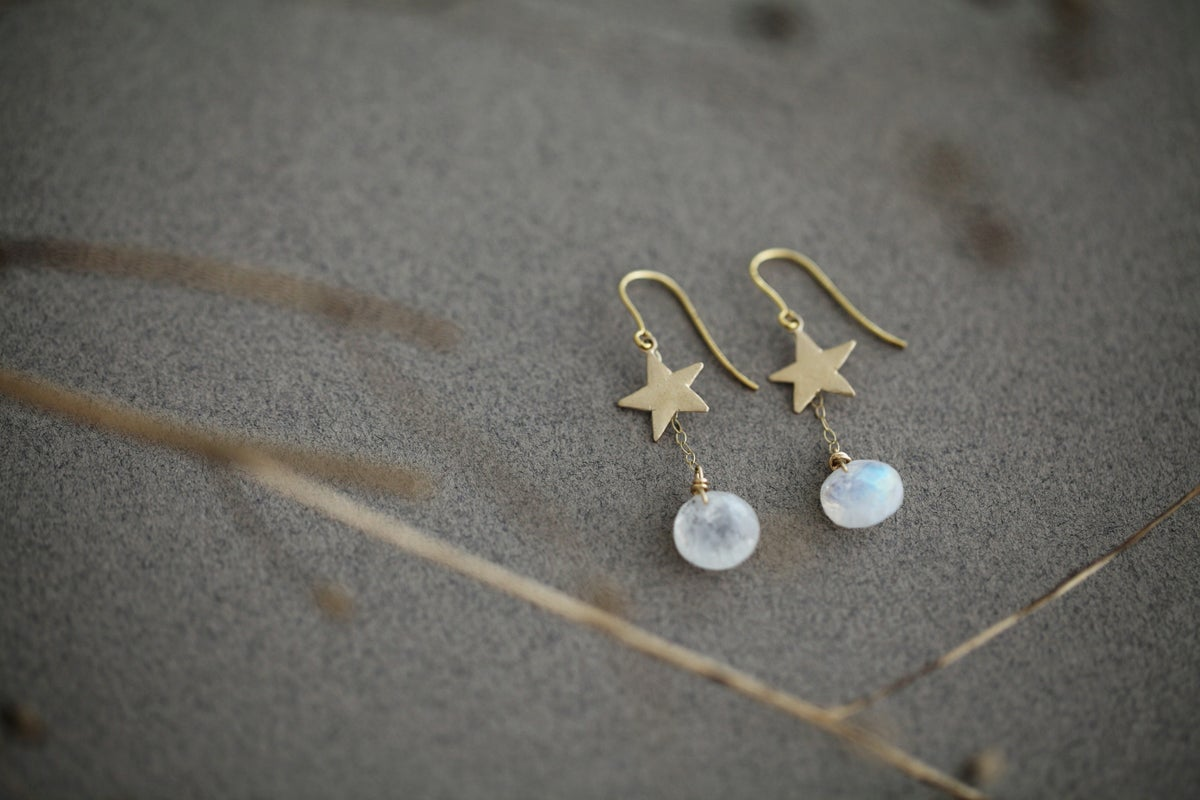 Image of *NEW* Gold star and Moonstone earrings