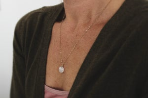 Image of *NEW* 9ct gold faceted Moonstone necklace