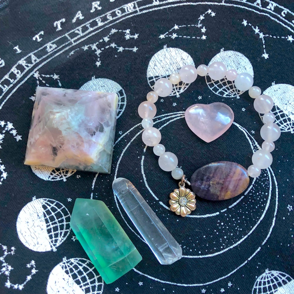 Image of Heart Chakra Healing Crystal Bundle