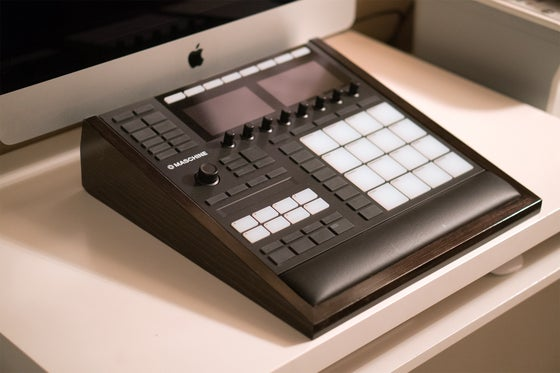 Image of Maschine MK3 Stand w/ Hand Rest