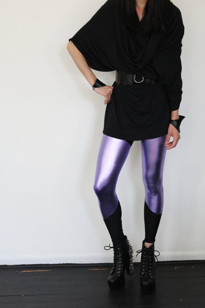 Image of Metallic Lavender Leggings