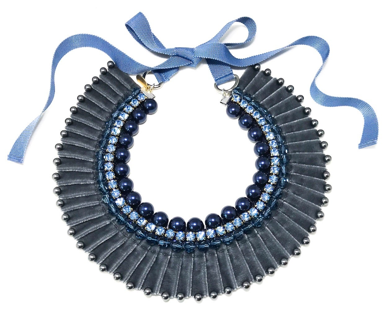 Image of Velvet pleated Necklace - Gray